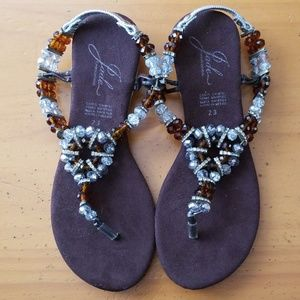 Shoes - SILVER & BROWN Beaded Sandals Size 6
